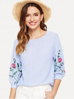 Casual Striped and Floral Top Regular Fit Round Neck Three Quarter Length Sleeve Pullovers Blue Regular Length Floral Print Lantern Sleeve Striped Top