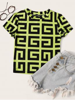 Sexy Geometric Slim Fit Round Neck Cap Sleeve Pullovers Multicolor and Bright Regular Length Neon Lime Mock-neck Greek Fret Tee