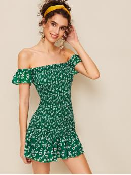 Boho A Line Ditsy Floral Flounce Slim Fit Off the Shoulder Short Sleeve High Waist Green Mini Length Off-shoulder Shirred Ditsy Floral Bodycon Dress