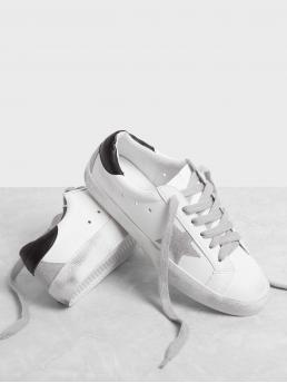 Skate Shoes Round Toe Plain Lace Up White Star Patch Lace Up Splice Sneakers