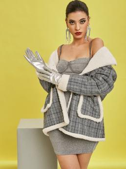 Full Sleeve Wide-waisted Polyester Plaid Teddy Lined Pocket Coat Beautiful