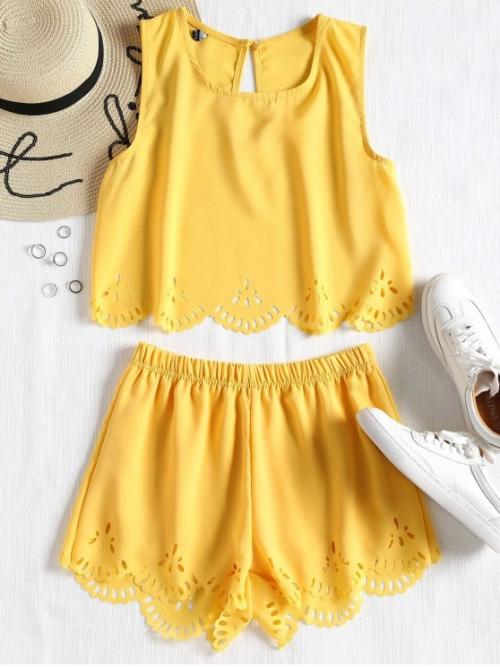 Summer Solid Flat Elastic Mid Sleeveless Round Regular Casual Casual Sleeveless Laser Cut Top and Shorts Set