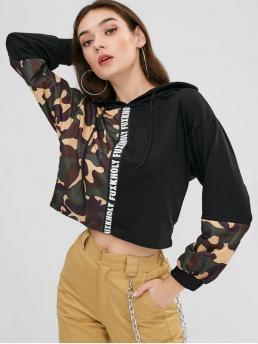 Autumn and Spring Camo and Letter Full Short Hoodie Camo Letter Paneled Cropped Hoodie