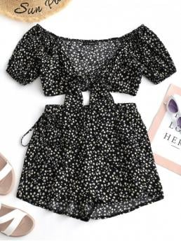 Summer Floral Flat Elastic Mid Short V Regular Casual Casual and Going Tiny Floral Wrap Top and Shorts Set