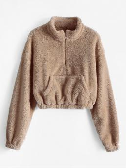 Autumn Front Solid Full Short Drop Sweatshirt x Alexis Ricecakes Front Pocket Solid Crop Faux Fur Sweatshirt