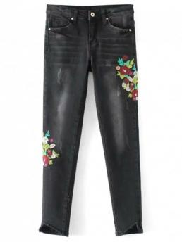 Fall Embroidery and Pocket Skinny Ninth Dark Fashion Frayed Floral Embroidered Skinny Jeans