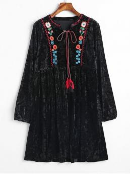 No Fall and Spring Floral Long V-Collar Mini A-Line Day Casual Embroidered Velvet Smock Peasant Dress