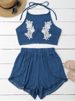 Solid Pleated Elastic Mid Regular Casual Lace Floral Halter Crop Top and Shorts