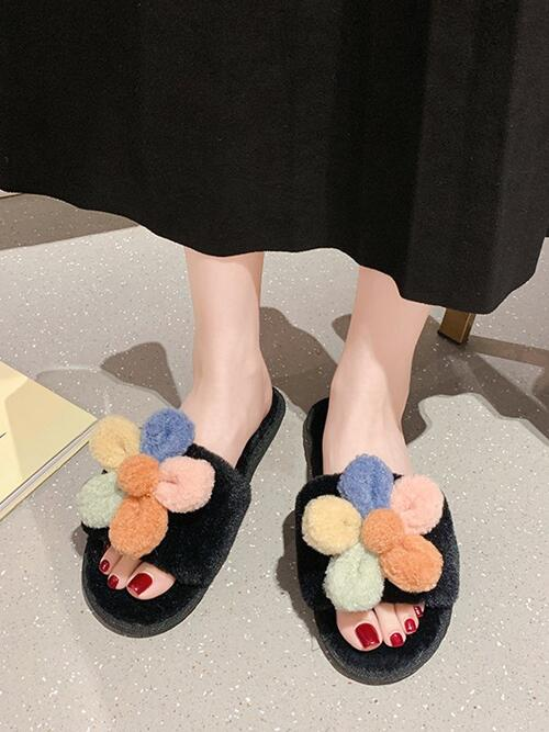 Affordable Black Faux Fur Floral Rubber Flower Decor Furry Indoor Slippers