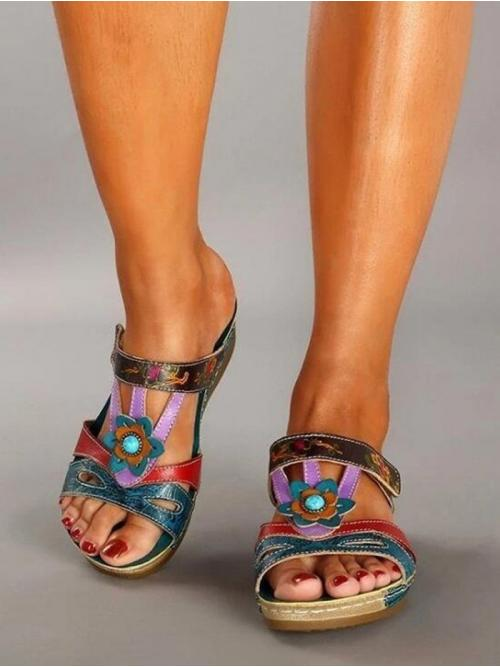 Pretty Macaw Blue Green Pu Floral Rubber Hollow Flower Sandals