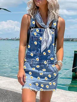 Women's Blue Floral Shorts Casual Daisy Pocket Button Denim Overall Romper