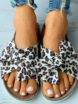Pu Leopard Flat Round Toe,open Toe Bowknot Design Cheetah / Footbed Sandals Affordable