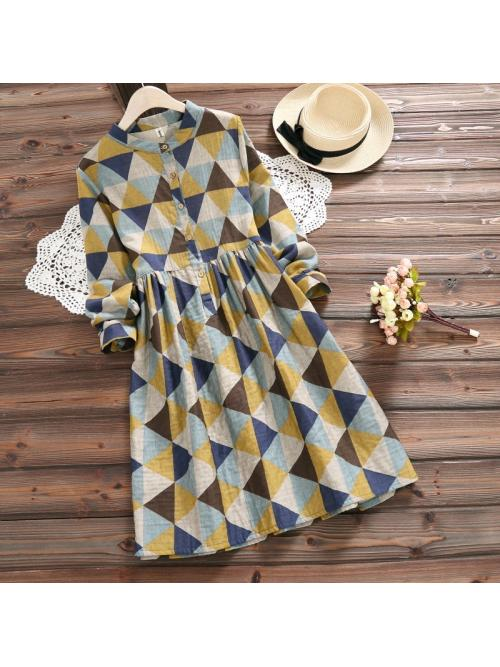 Japanese women are fresh and relaxed, slim and slim, geometric printed long sleeved cotton dress.